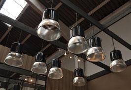 kleine alte Holophane Lampe aus einer Fabrik in Frankreich 0106