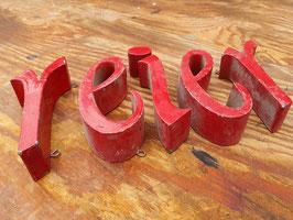 Kleine rote Buchstaben Nr 1604rest