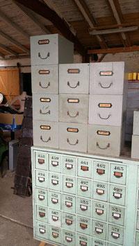 alte Holzkisten Biedermeier aus Apotheke Größe 1