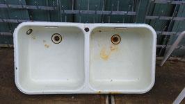 altes Doppelwaschbecken Doppelspüle Spüle Emaille DDR