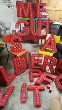 Lustige alte Vintage Buchstaben Leuchtbuchstaben rot Nr 1603-05
