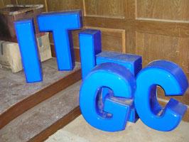 alte Leuchtbuchstaben Nr 0205rest 61 cm hoch
