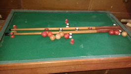 Kleines altes Billardspiel aus Frankreich 0905