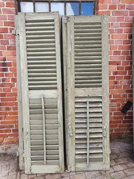 1 Paar alte Fensterläden Nr 0110-02