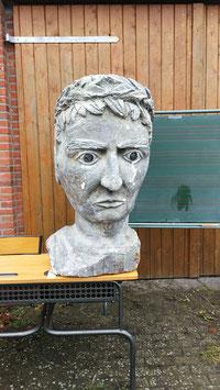Julius Cäser Kopf aus Theaterfundus in XXL