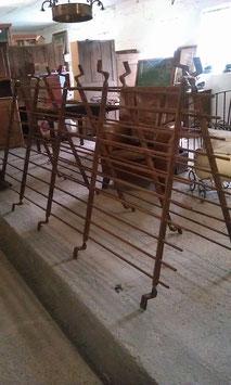 altes sehr schweres Gitter Fenstergitter Absperrgitter Ladenausstattung