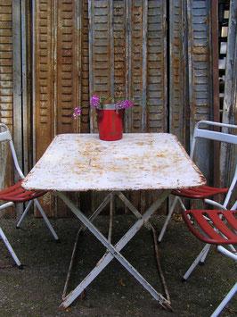 Superschöner alter Eisentisch Tisch VINTAGE Jugendstil Klapptisch