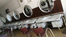 alte Waschbecken Porzellan aus Friseursalon