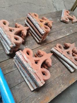 historische Dachziersteine Zierornamente aus Terracotta Nr 1803