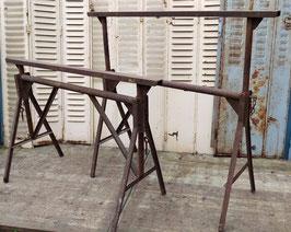 1 Paar Eisenböcke Tischgestelle Regalgestelle 2510