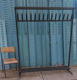 alte Standgarderobe Garderobe einseitige Hakenleiste nr 1
