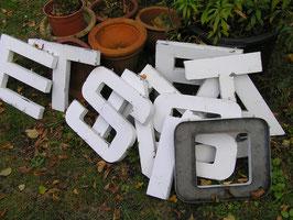 tolle alte Buchstaben Blech 30 cm weiß Nr2rest