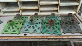 2er Set alte Christbaumständer Kerzenständer sortiert