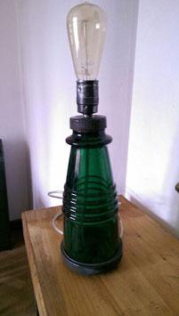 alte Tischlampe aus Stromisolator gefertigt