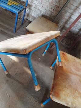 alter Ledertisch Lederhocker Turngerät blau 1003-02