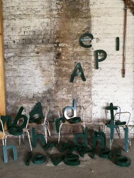 grüne Blechbuchstaben vintage 2310-g