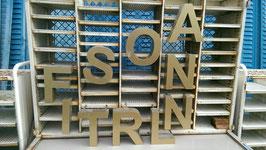 alte Buchstaben goldfarbend 25 cm 0501
