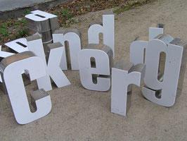 alte Buchstaben Werbebuchstaben PCrest