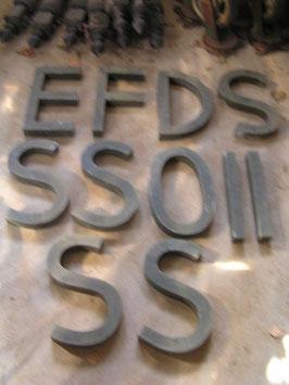 alte Buchstaben 35 cm oliv-grau (rest)