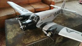 Sportflugzeug JU 52 Graupner mit Wellblech Top Zustand