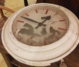 Riesige Uhr aus Atlantik Hotel Hamburg Nr 2007-01