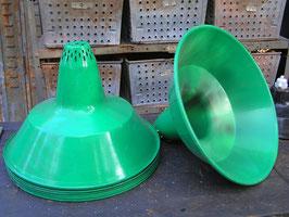 alter großer Lampenschirm Grün