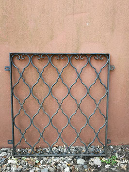 altes Fenstergitter Nr 2906