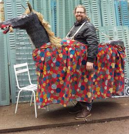 großes Parade Kostüm Karneval Fasching Pferd