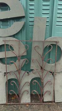 antikes Fenstergitter Jugendstil