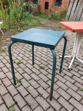 alter Eisentisch Metalltisch Gartentisch grün 0109-01