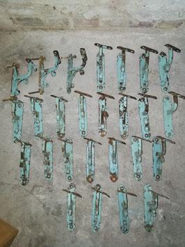 alte antike Handlaufhalter Handlaufstützen Gründerzeit türkis