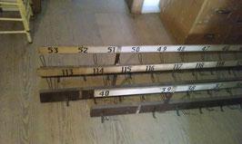 alte, lange Hängegarderobe aus einer Theater Garderobe