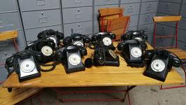 altes Telefon Frankreich mit zusätzlicher Hörmuschel PTT