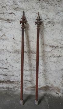 1 Paar sehr schöne Zaunpfosten 126 cm Nr 2701
