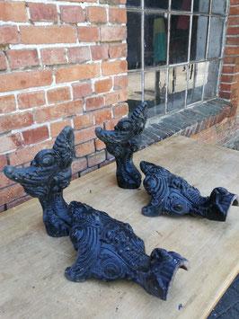 4er Set antike alte Badewannenfüße oder Ofenfüße aus Frankreich XXL Nr 2205