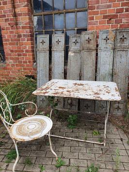 großer antiker Jugendstil Gartentisch Eisentisch Klapptisch weiss Nr 0109-04