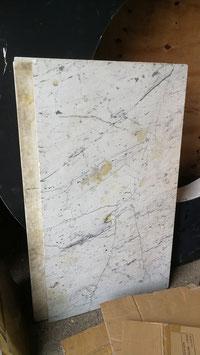 alte Marmorplatte weiss meliert für Tischplatten 111 x 63,5 x 2 cm