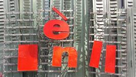 alte Buchstaben Kunststoff in knallrot (rest)