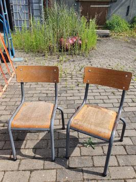 alte Bauhaus Schulstühle Stapelstühle Stühle Kinderstühle VINTAGE Mullca 2607-04