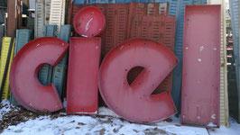 alte Buchstaben rot aus Metall Nr 2802-05rest