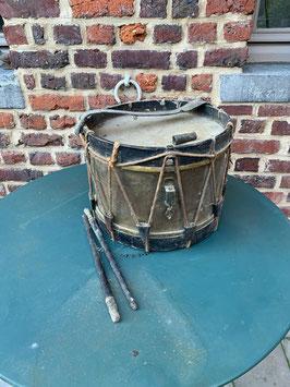 antike alte kleine Trommel Nr 0601