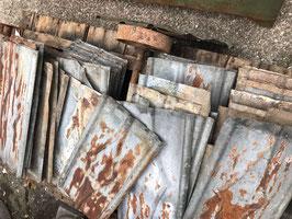 ca 11,5 qm alte Blechschindeln Blechplatten mit Jugendstil Muster Nr 2410