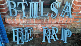 alte Buchstaben Metall grau Nr 0412