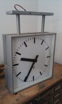 große Fabrikuhr Nebenuhr Nr 701