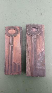 2er Set alte Stempel aus Holz/Kupfer Schüssel Nr 5