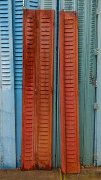 Restbestand 3-teilig rote Fensterläden Elemente rot