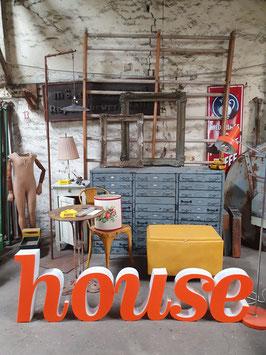 Schöne alte Buchstaben orange-weiß Nr 0705-02