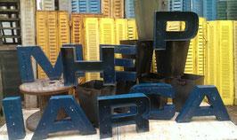alte Werbebuchstaben petrolblau 45 cm hoch 1105rest