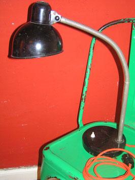 alte Kaiser-Idell Schreibtischlampe