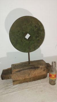 alter antiker Schleifstein Sandstein Deko Objekt Nr 6